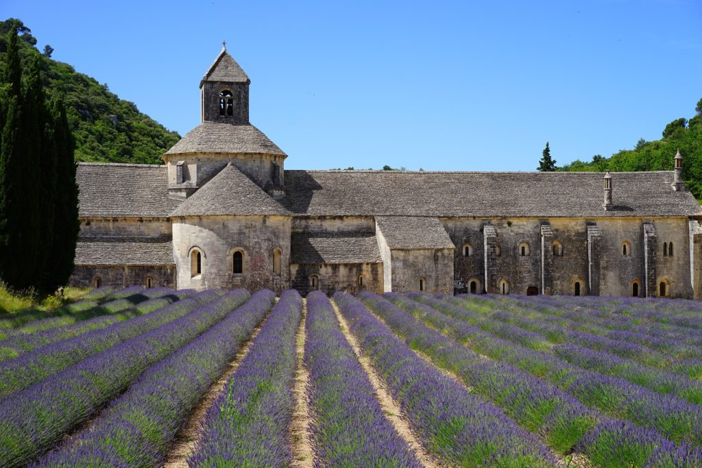 abbaye-de-senanque-1469731_1920